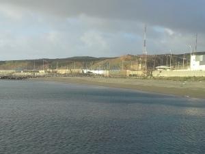 Espigón fronterizo, Ceuta / Foto: @LOrtizGomez