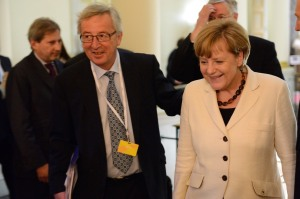 Juncker junto a Angela Merkel / Foto: Credit © European Union, 2014