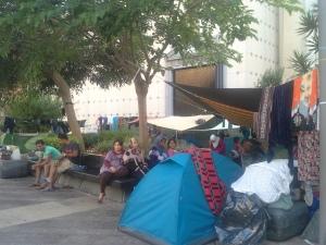 Imágenes del campamento sirio frente a la Delegación del Gobierno en Ceuta