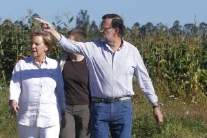 Rajoy y Merkel recorren una parte del Camino de Santiago / Foto: Moncloa